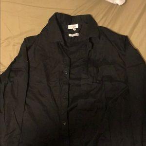 Calvin Klein — black button up — Large